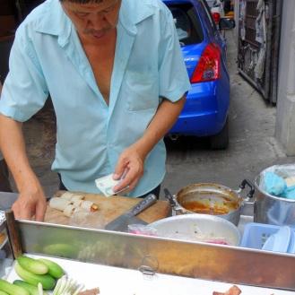 Crepe spring rolls vendor
