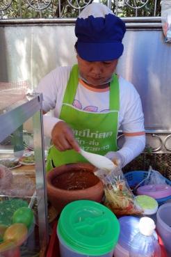 Green papaya salad vendor