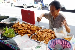 Deep fried bananas and taro