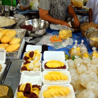 Mango sticky rice etc., Trat night market