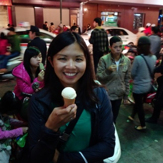 Eating coconut ice cream with the crowds
