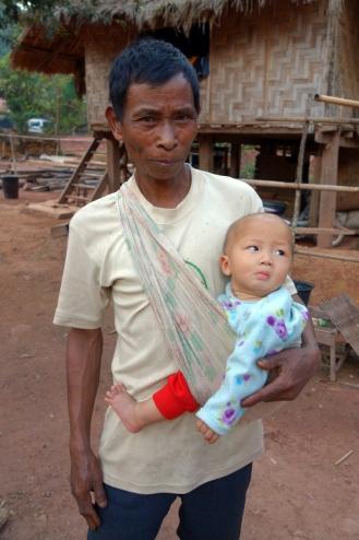 Homestay village grandfather + grandson
