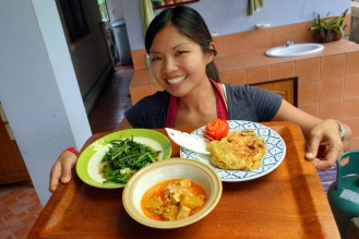 Andrea with her fried morning glory, penang curry and pad thai