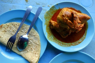 Chapati with chicken curry