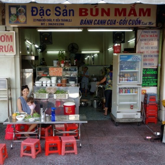 the first bun mam we had...first customers of the day!