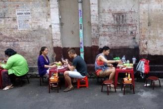 Scenic streetside eating