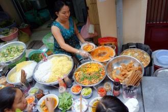 market food stalls hidden in back alleys